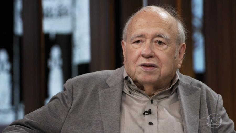 Luís Fernando Veríssimo no programa de Pedro Bial - Reprodução/TV Globo
