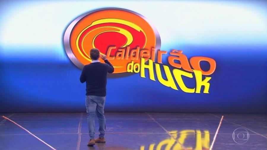 Luciano Huck lembrou o primeiro logo do programa, que estreou em abril de 2000 - Reprodução/TV Globo