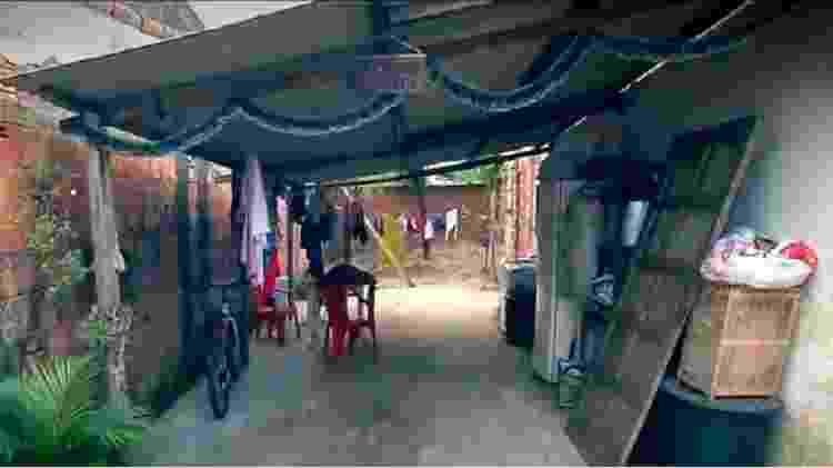 A casa onde Cida vive em bairro humilde de Itaguaí, interior do Estado do Rio - Reprodução/Record TV