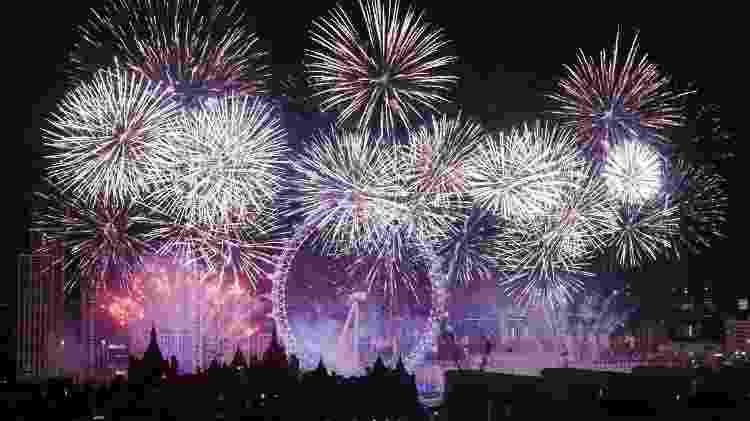 Festa de ano novo na London Eye, na Inglaterra - iStock - iStock
