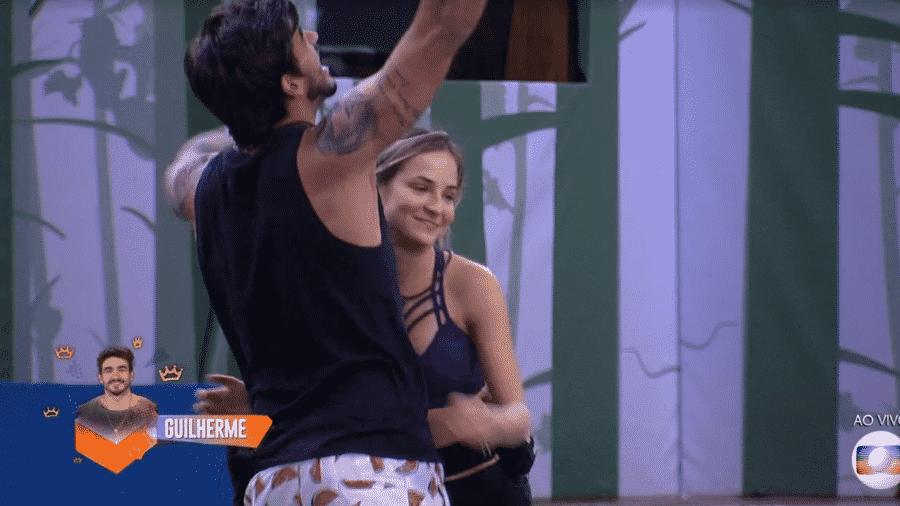 Guilherme recebe o líder de Gabi no Big Brother Brasil 20 - Reprodução/TV Globo