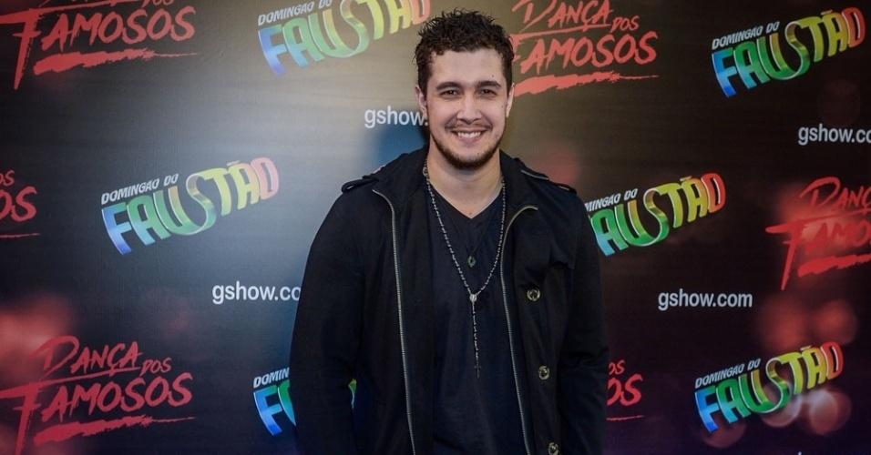 """2.ago.2015 - O vocalista da banda Malta Bruno Boncini está na equipe masculina da """"Dança dos Famosos"""""""