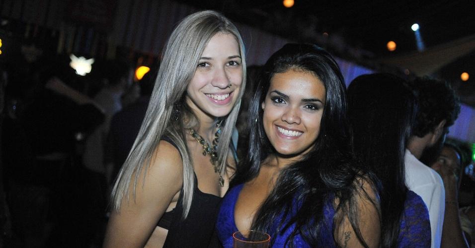 19.jan.2015 - Público lota o Clube Pinheiros, em São Paulo, para acompanhar o show do Bangalafumenga
