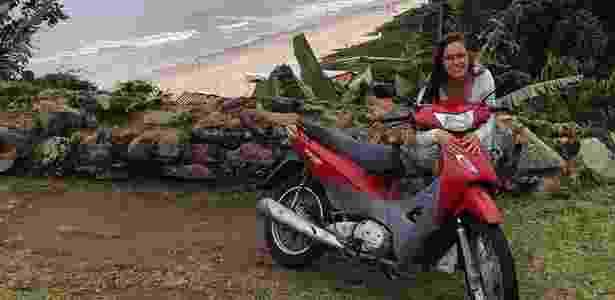 Rebeca Bonel já viajou de Sorocaba (SP) e Florianópolis (SC) numa Honda Biz 125 - Acervo pessoal - Acervo pessoal