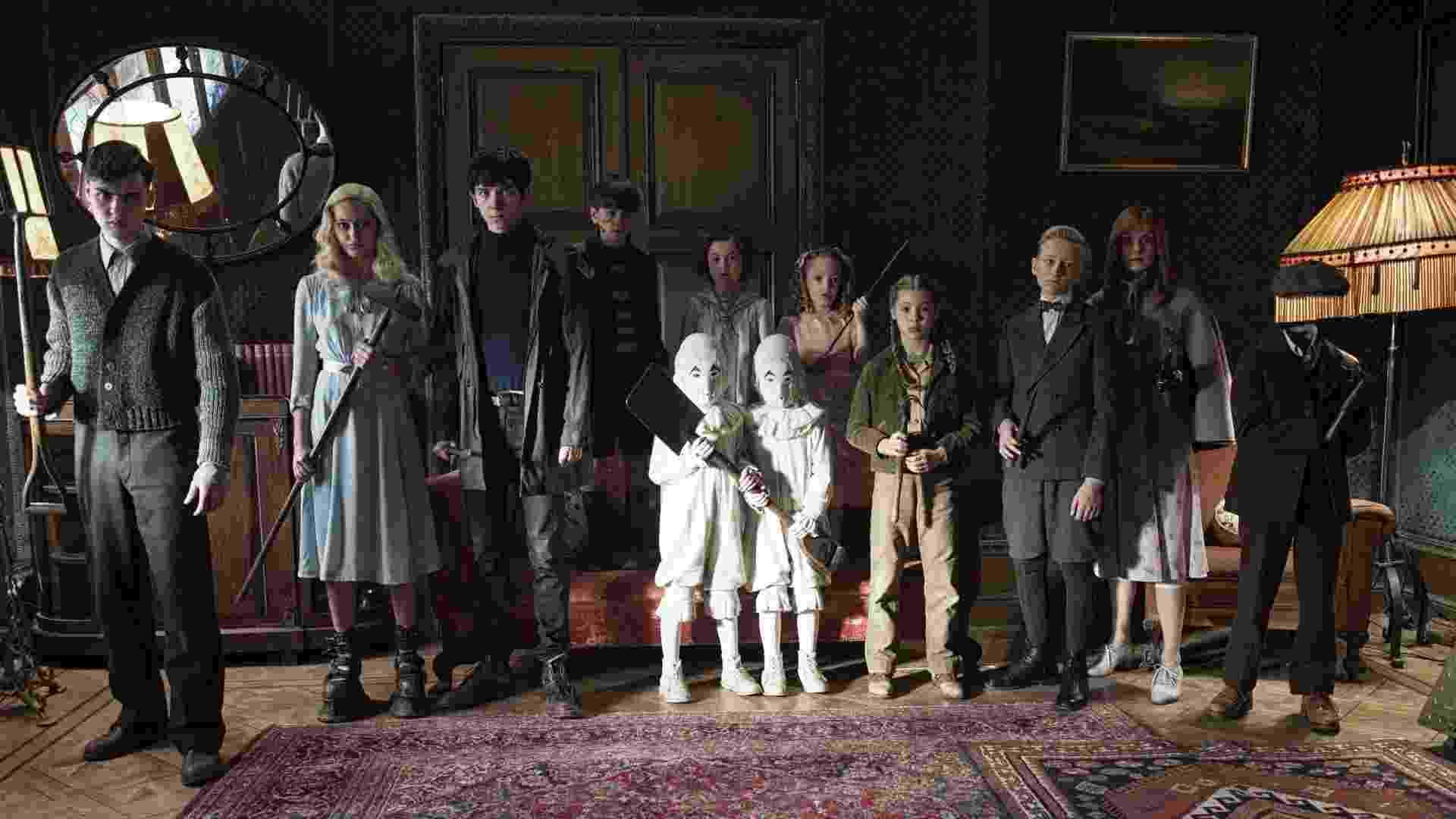 """Elenco de """"O Lar das Crianças Peculiares"""", filme dirigido por Tim Burton baseado na obra """"O Orfanato da Srta. Peregrine Para Crianças Peculiares"""" - Divulgação"""