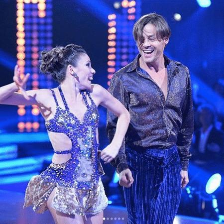"""Theo Becker lesiona o joelho no """"Dancing Brasil"""""""" - Reprodução/Instagram Theo Becker"""