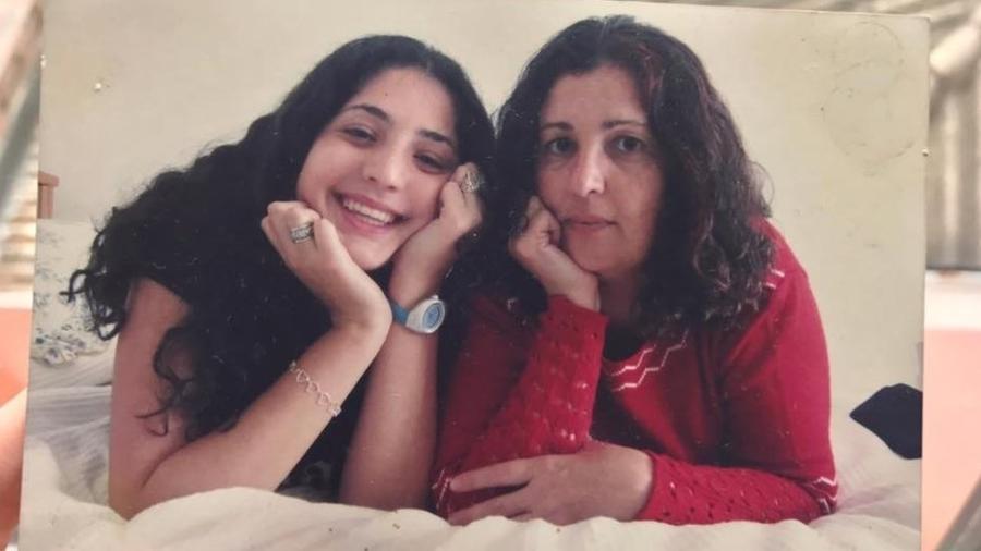 Helena sempre teve uma relação de abertura e confiança com a mãe, Célia - Helena Vitali/Arquivo pessoal