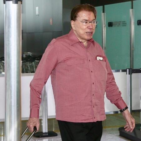 Silvio Santos no aeroporto - Manuela Scarpa/Brazil News