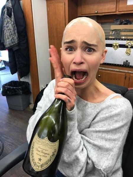 """Emilia Clarke """"se apavora"""" no Instagram depois do destino de Daenerys em """"GoT"""" - Reprodução/Instagram"""
