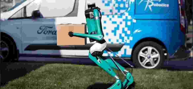 Digit, o robô de duas pernas que entrega pacotes - Tim LaBarge/Ford/Handout via Reuters
