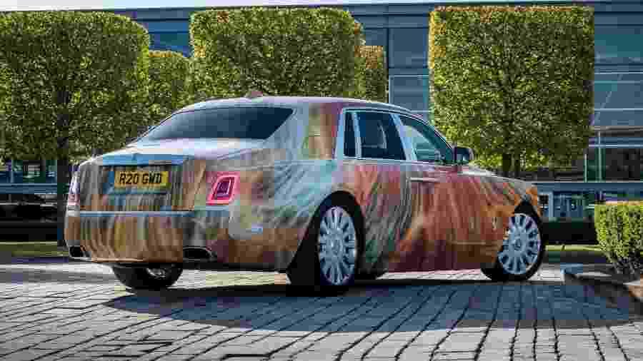Rolls-Royce Phantom VIII pintado por Marc Quinn - Divulgação