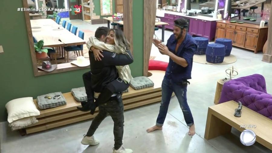 Diego, Hariany e Lucas estão na final de A Fazenda 2019 - Reprodução/RecordTV