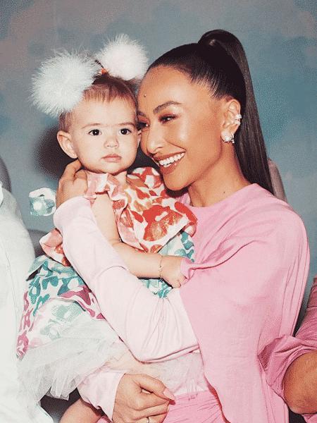 Sabrina Sato com a filha Zoe  - Reprodução/Instagram/@sabrinasato