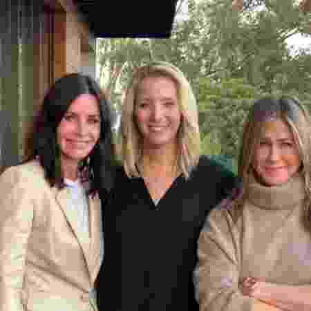 Courtney Cox, Lisa Kudrow e Jennifer Aniston posam juntas - Reprodução/Instagram