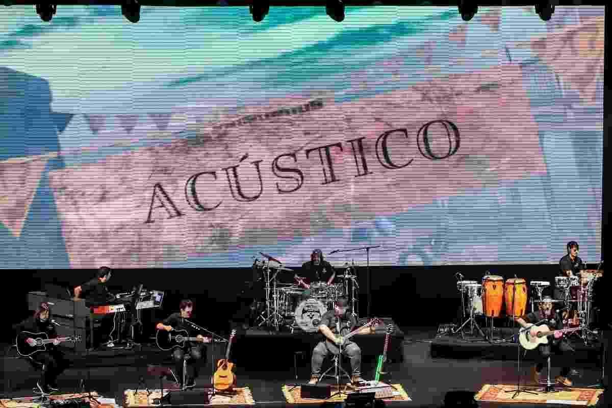 18.nov.2016 - Raimundos gravam DVD Acústico no Teatro Positivo, em Curitiba. A cidade é a mesma onde a banda gravou o primeiro CD ao vivo da carreira, em 2000 - Manuela Scarpa/Brazil News