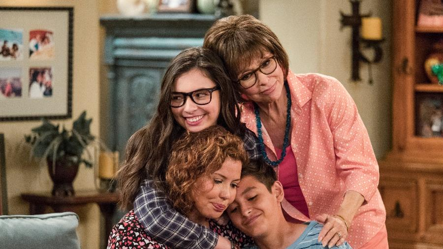 "Cena da segunda temporada de ""One Day at a Time"", da Netflix - Adam Rose/Netflix"