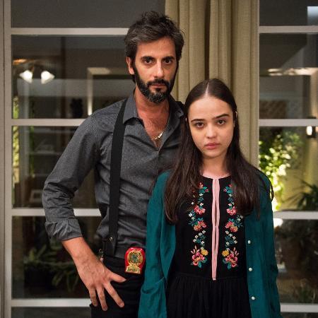 Na trama de Walcyr Carrasco, Laura (Bella Piero) vive o drama de ter sido abusada pelo padrasto, Vinicius (Flavio Tolezani) - DRaquel Cunha/Divulgação/TV Globo