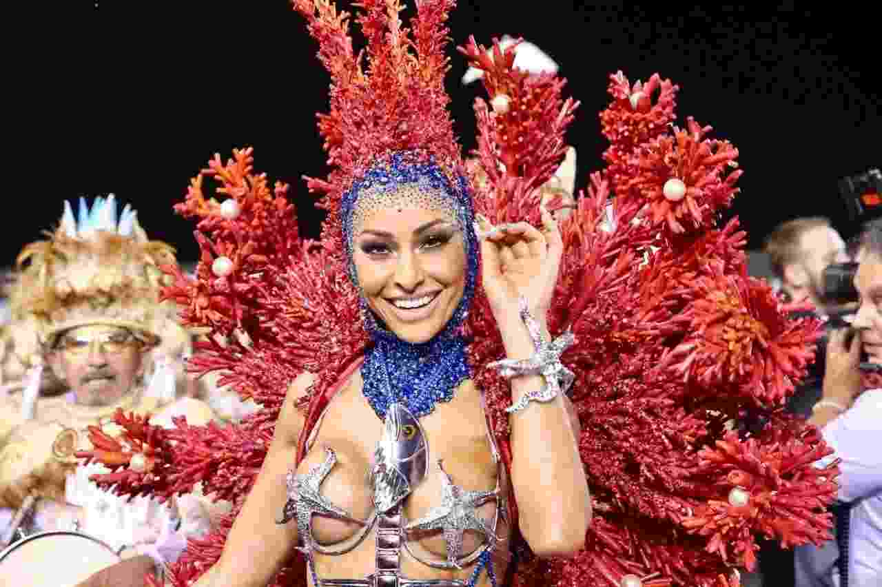 Sabrina Sato desfilou pela Gaviões da Fiel com fantasia inspirada na vida marinha - Agência Brazil News