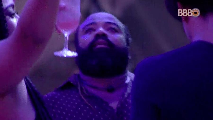 Rodrigo chora de emoção na festa Moda - Reprodução/GlobosatPlay