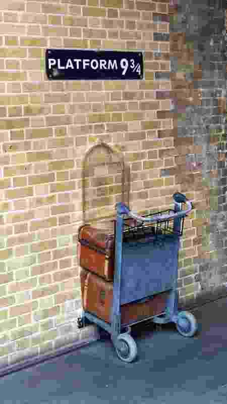 Plataforma 9¾, em Kings Cross Station, Londres - Getty Images