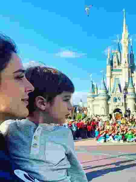 Rafa Brites e o filho, Rocco, na Disney - Reprodução/Instagram