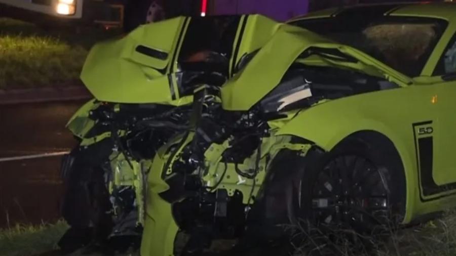 Ford Mustang é destruído na Austrália - Reprodução