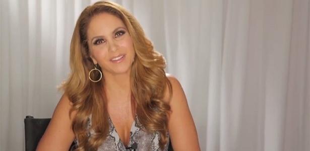 """A atriz e cantora e atriz mexicana Lucero, que atuará em """"Carinha de Anjo"""" no SBT - Reprodução/SBT"""