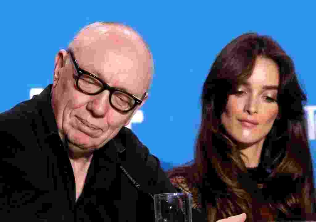 """12.set.2016 - O diretor Terry George e a atriz Charlotte Le Bon promovem o filme """"The Promise"""" no Festival de Toronto - Reuters"""