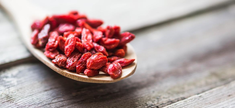 """Por seu efeito anti-inflamatório, antibacteriano e antifúngico, a goji berry é um """"superalimento"""" bastante popular - iStock"""