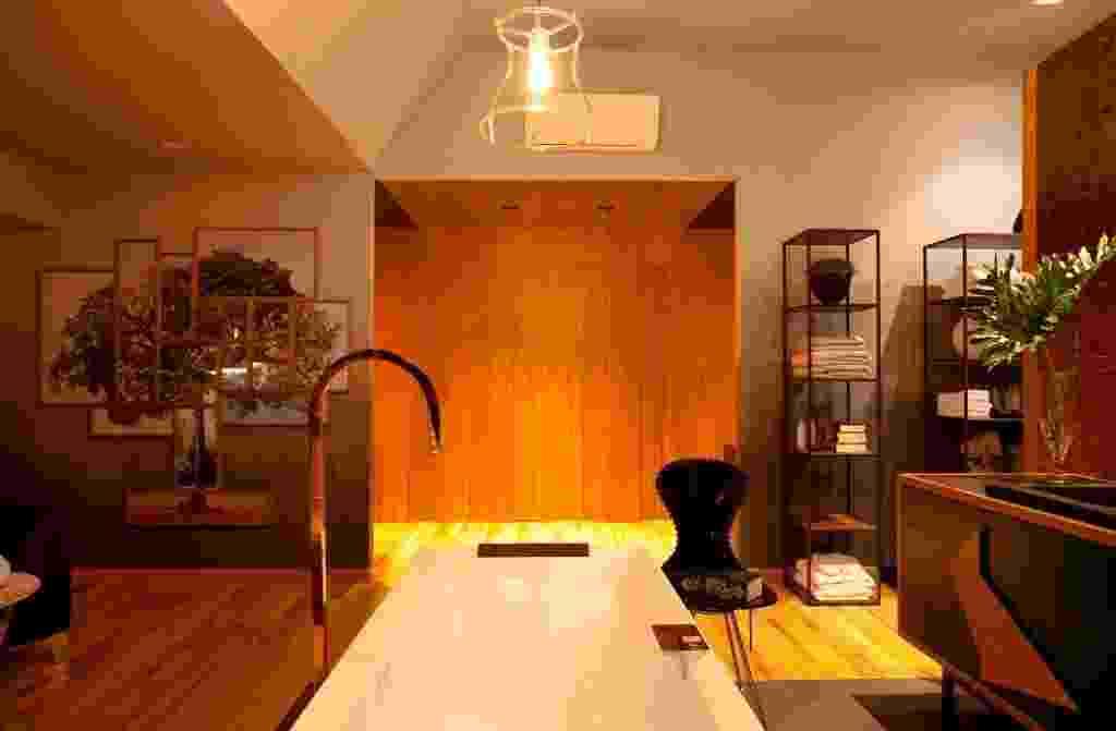 Sala de Banho: Projetada pela designer de interiores Paula Leme e pela arquiteta Luciana Bicheri, a Sala de Banho foi criada pensando em unir natureza, relaxamento e contemplação. A Casacor São Paulo acontece de 23 de maio a 23 de julho de 2017, no Jockey Club - Divulgação