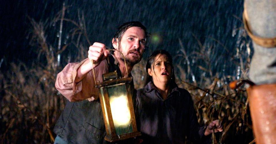 Cena de ?A Casa dos Pássaros Mortos (2004)?, de Alex Turner
