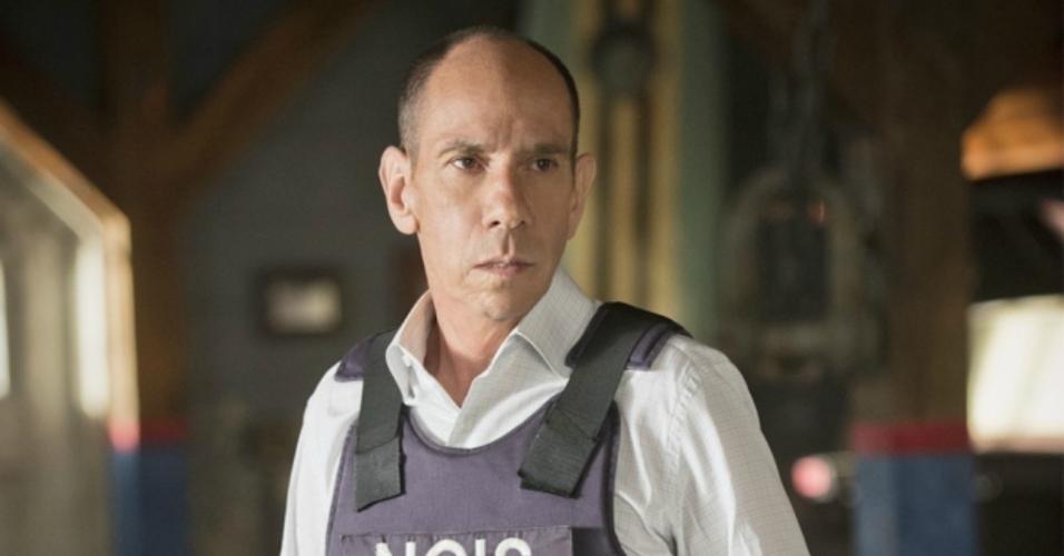 """Miguel Ferrer em cena na série """"NCIS: Los Angeles"""""""