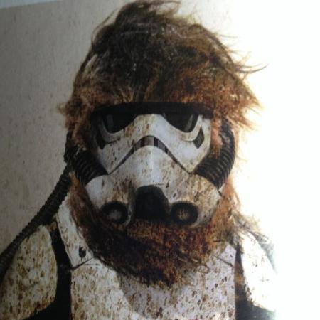 """Wookiee como stormtrooper em arte conceitual de """"Han Solo: Uma História Star Wars"""" - Reprodução"""