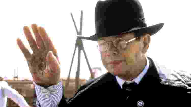 """Thot (Ronald Lacey) teve a mão queimada em """"Os Caçadores da Arca Perdida"""" - Reprodução - Reprodução"""