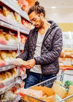 Alimentos industrializados contêm açúcar, gordura e sódio em excesso