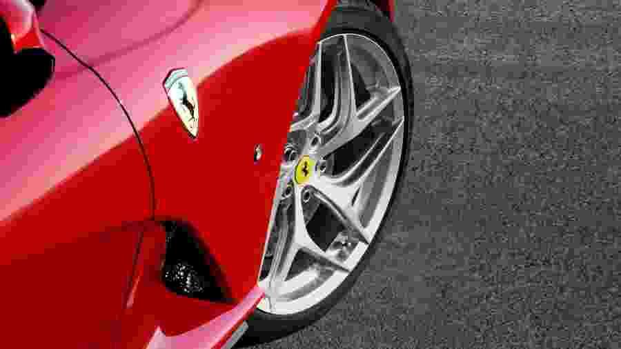 Ferrari 812 Superfast - Divulgação