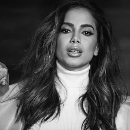 Anitta se esquiva de manifestar sua posição política - Reprodução/Instagram