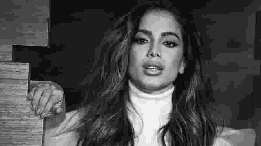 Anitta se esquiva de manifestar sua posição política após ser atacada por fãs nas redes - Reprodução/Instagram