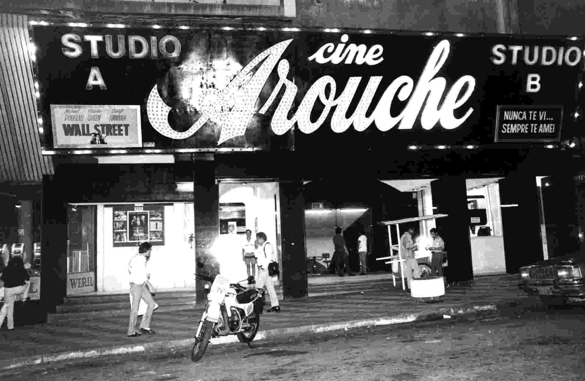 Cinema Cine Arouche em 1988 - Cinema Cine Arouche em 1988