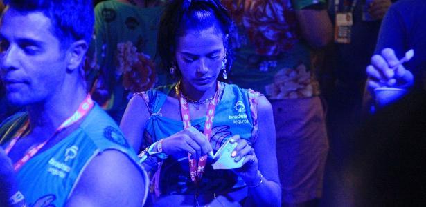 Curtindo Salvador | Bruna Marquezine acompanha BBB em camarote de Salvador