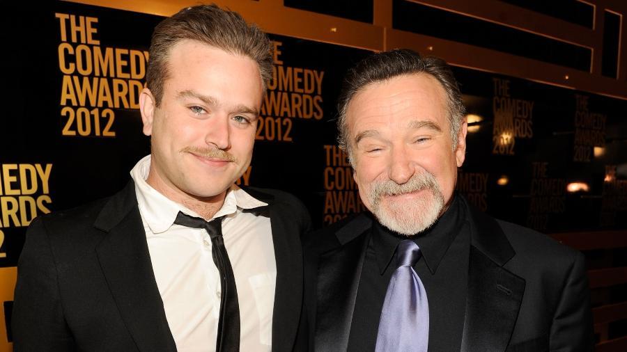 28.04.2012 - Zak Williams e Robin Williams no The Comedy Awards, em Nova York (EUA) - Kevin Mazur/WireImage