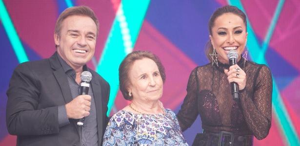 """Gugu no quadro """"Balão da Sabrina"""", quando a mãe dele, Maria do Céu, aparece de surpresa - Edu Moraes/Rede Record"""