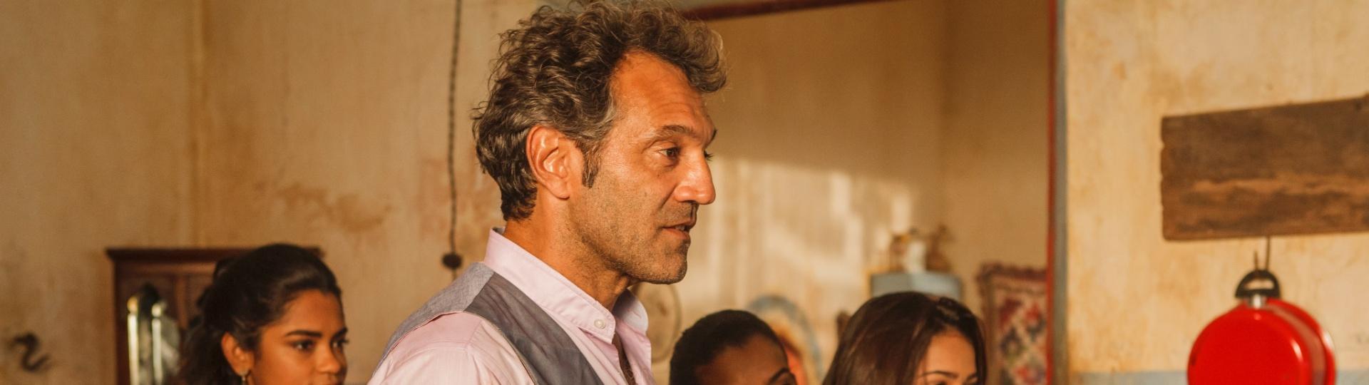 Domingos Montagner ainda não sabe como sera o final de seu personagem Santo, mas acha pouco improvável que ele não termine com Maria Tereza (Camila Pitanga)