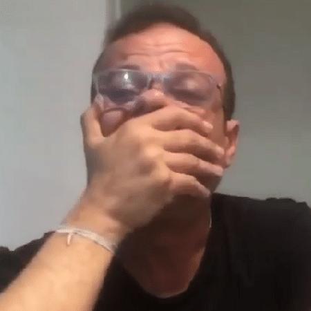 Em vídeo, ex-BBB Daniel Rolim chora ao anunciar fim de casa para idosos em Recife (PE) - Reprodução/Instagram/rolimdaniel