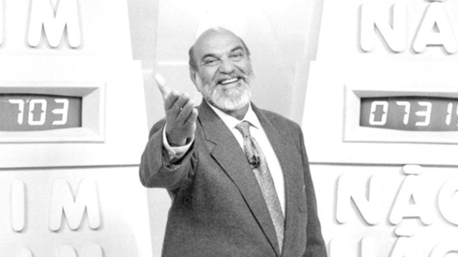 """Lima Duarte também foi apresentador do """"Você Decide"""" em 1993"""