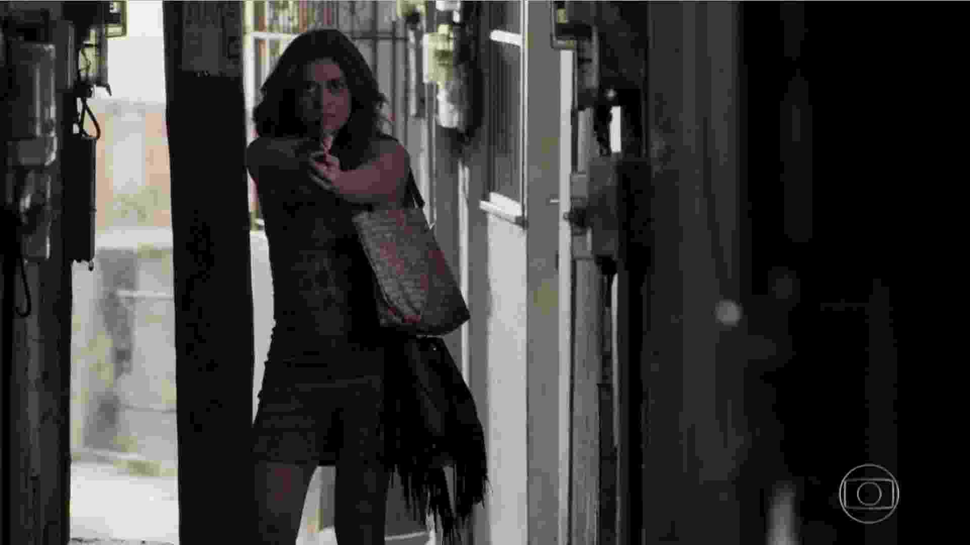 Bibi atira em Rubinho em A Força do Querer - Reprodução/TV Globo