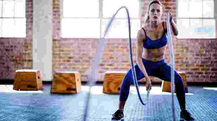 Exercício cordas - iStock - iStock