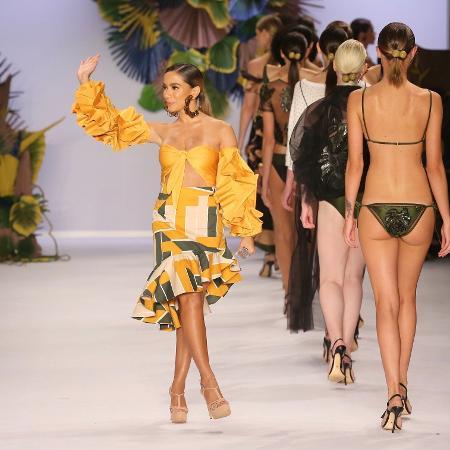 Anitta faz sua estreia na passarela da Água de Coco na abertura da SPFW - Manuela Scarpa/Brazil News