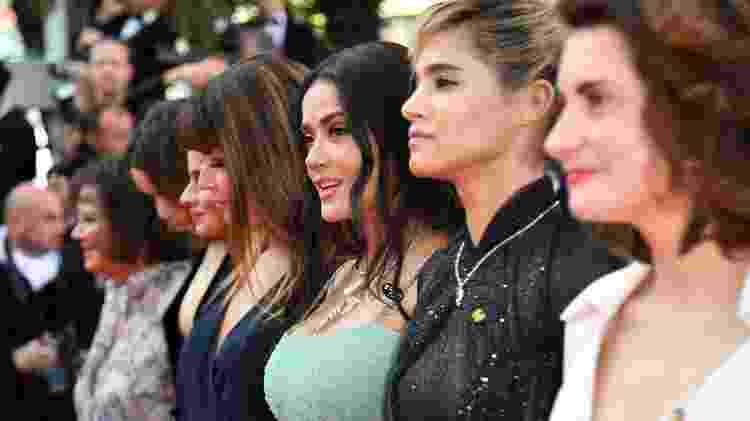 Salma Hayek em protesto de atrizes, diretoras e produtoras em Cannes - Alberto Pizzoli/AFP - Alberto Pizzoli/AFP