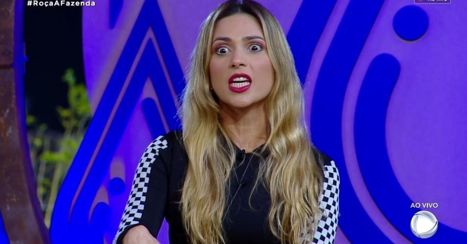 Nadja Pessoa discute com com Felipe Sertanejo durante intervalo do programa
